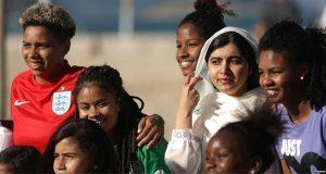 Separar a niños migrantes de sus familias es inhumano: Malala