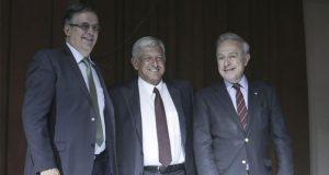AMLO reajusta gabinete: Ebrard va a SRE y Vasconcelos al Senado