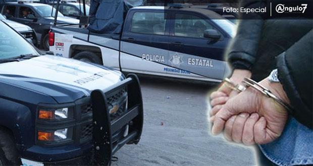 Arrestan a edil de Huixcolotla y otros 7 por posesión de arma, informa FGE