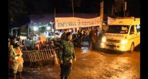Van 8 niños rescatados de cueva en Tailandia