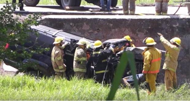 """Pierden la vida 6 miembros de banda """"La Trilladora"""" en accidente"""