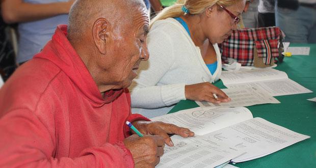 SEP de Puebla alfabetizará y dará certificados de educación primaria
