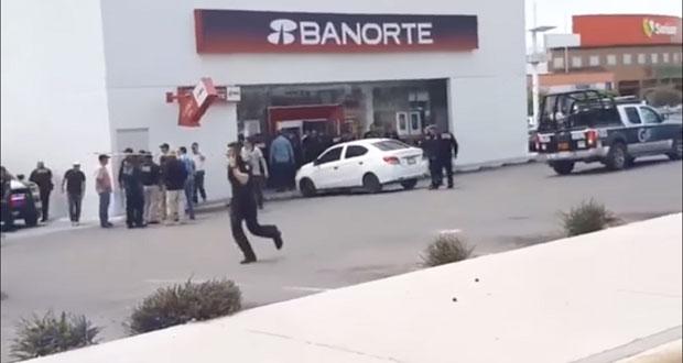 En Sonora, toma de rehenes en banco termina con asaltante herido