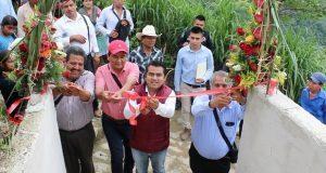 Inauguran nuevas aulas en secundaria técnica de Huitzilan