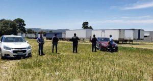 En dos cateos, FGE recupera 24 vehículos y 30 toneladas de mercancía