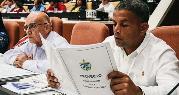 """Cuba incorpora el """"socialismo sostenible"""" a su Constitución"""