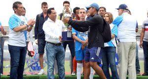 """Premian a ganadores de la """"Copa Champions tercera edición"""" de futbol"""