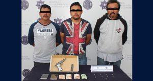 Detienen a 4 presuntos delincuentes en 2 colonias de Puebla capital