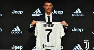 Cristiano Ronaldo estampa su firma con la Juventus