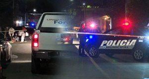 Hallan encobijado y descuartizado con narcomensaje en Puebla capital; irían 12