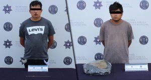 Detienen a 2 por robo y delitos contra la salud