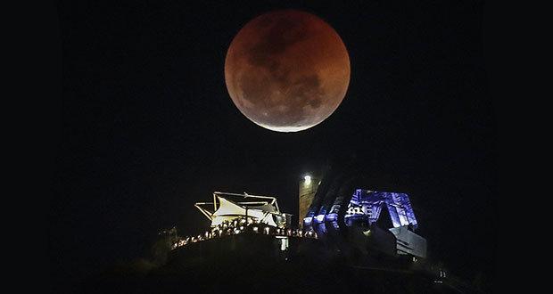 Así se vio el eclipse lunar en diferentes partes del mundo