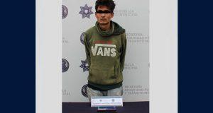 Policías detienen a sujeto por robo de autopartes en San Bartolo