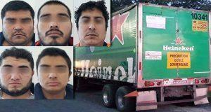 Procesan a 5 miembros de banda dedicada a robo de camiones en Amozoc
