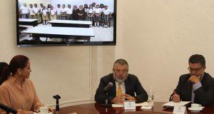 DIF beca a adolescentes de Honduras, Guatemala y El Salvador