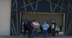 Asaltantes se enfrenta a policías en Texmelucan; hay 3 heridos