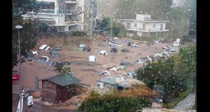 Van 85 muertos por incendios en Grecia y tormentas azotan Atenas