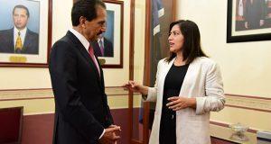 Rivera y Esparza acuerdan colaboración en proyectos educativos