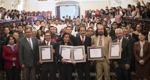 Dan acreditaciones de calidad educativa a 5 licenciaturas de BUAP
