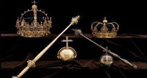 Roban coronas reales del siglo XVII en Suecia y se dan a la fuga