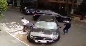 En CDMX, hombre enfrenta a asaltantes para salvar a su hija