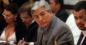 Tras casi 7 años, FGE aún persigue a exsecretario de Obras de Marín