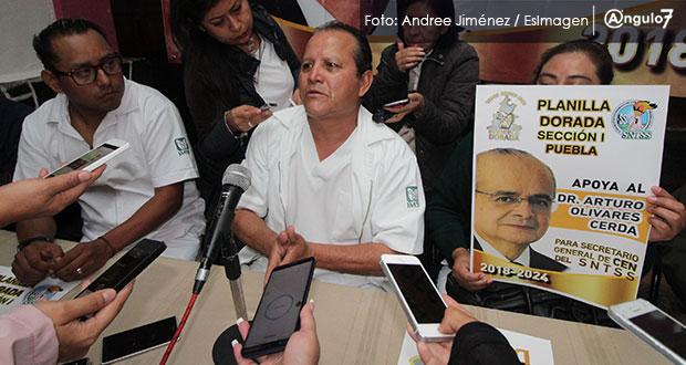 Sindicalizados del IMSS acusan a su líder de terrorismo laboral y bloqueo