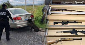 Aseguran arsenal en un auto cerca del aeropuerto de Huejotzingo