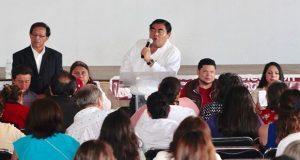 No más agravios contra los maestros en Puebla, promete Barbosa