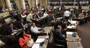 Parálisis legislativa y sumisión ante RMV, sello del Congreso: politólogos