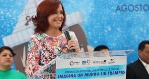 DIF premia a 22 alumnos de concurso de dibujo en Puebla