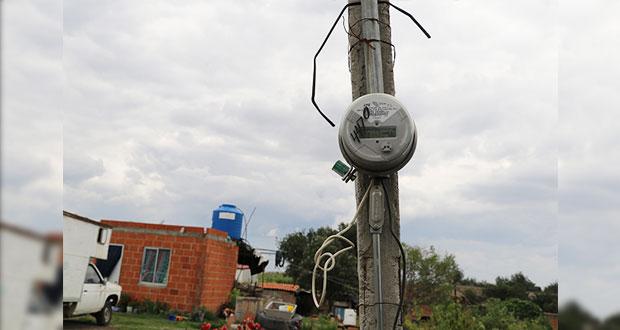 Antorcha gestiona electrificación para 4 calles de Tepalcatepec