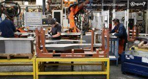 Industria automotriz de Puebla, con alta rotación de personal, admite clúster
