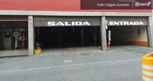 Comuna busca que estacionamientos privados cobren entre 10 y 15 pesos la hora