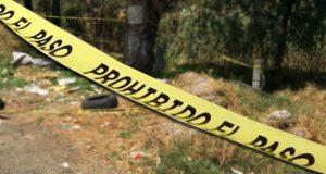 Hallan cadáver de hombre esposado en Xicotepec