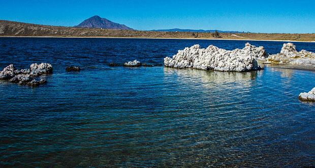 Los misterios de Alchichica, un cráter volcánico que se volvió laguna