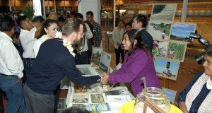 Luis Banck reconoció el trabajo de los productores de las comunidades indígenas