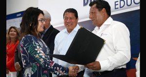 SEP entrega 207 plazas para supervisores y directores en Puebla
