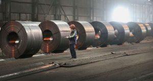 Trump anuncia que duplicará aranceles a acero y aluminio de Turquía