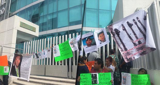 Exigen justicia familiares de víctimas de desaparición frente a FGE