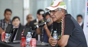 Tuca Ferretti será el director técnico interino de México