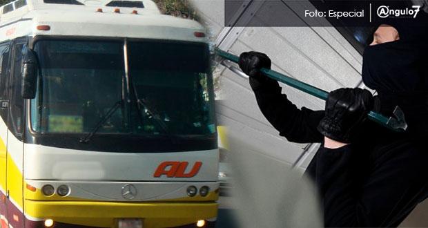 Roban más de 50 mil pesos en terminal de autobuses de Amalucan