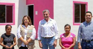Donan 15 casas a damnificados por sismo de 19S en Huaquechula
