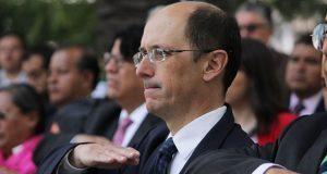 En vilo, continuidad de Cañedo en Turismo; sin reunirse con Rivera