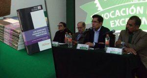 En la ELDP, presentan libro sobre derechos humanos en tributación
