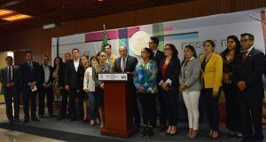 Diputados del PES donaron 1 mdp para apoyo tras sismos: Manzanilla