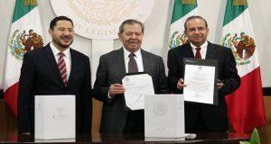 Recibe nueva legislatura último informe de gobierno de Peña Nieto