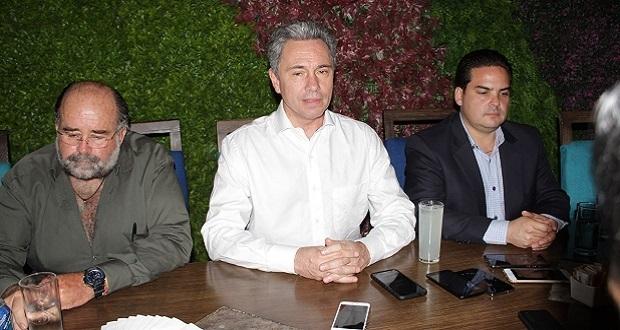 RMV hizo acuerdos cupulares con Cortés y Larios: Manuel Gómez