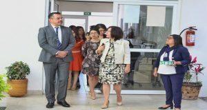 Héctor Sánchez recorre el Centro de Justicia para Mujeres