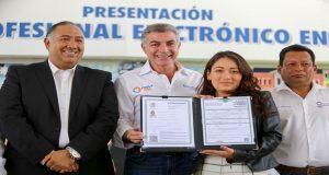 Poblanos podrán obtener título y cédula profesional electrónicos: Gali